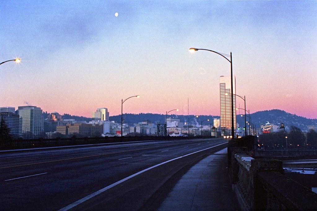 Hotels Around Oregon Convention Center