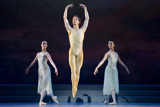 Emma Maguire, Akane Takada and Steven McRae in Rhapsody, The Royal Ballet © ROH/Tristram Kenton, 2011