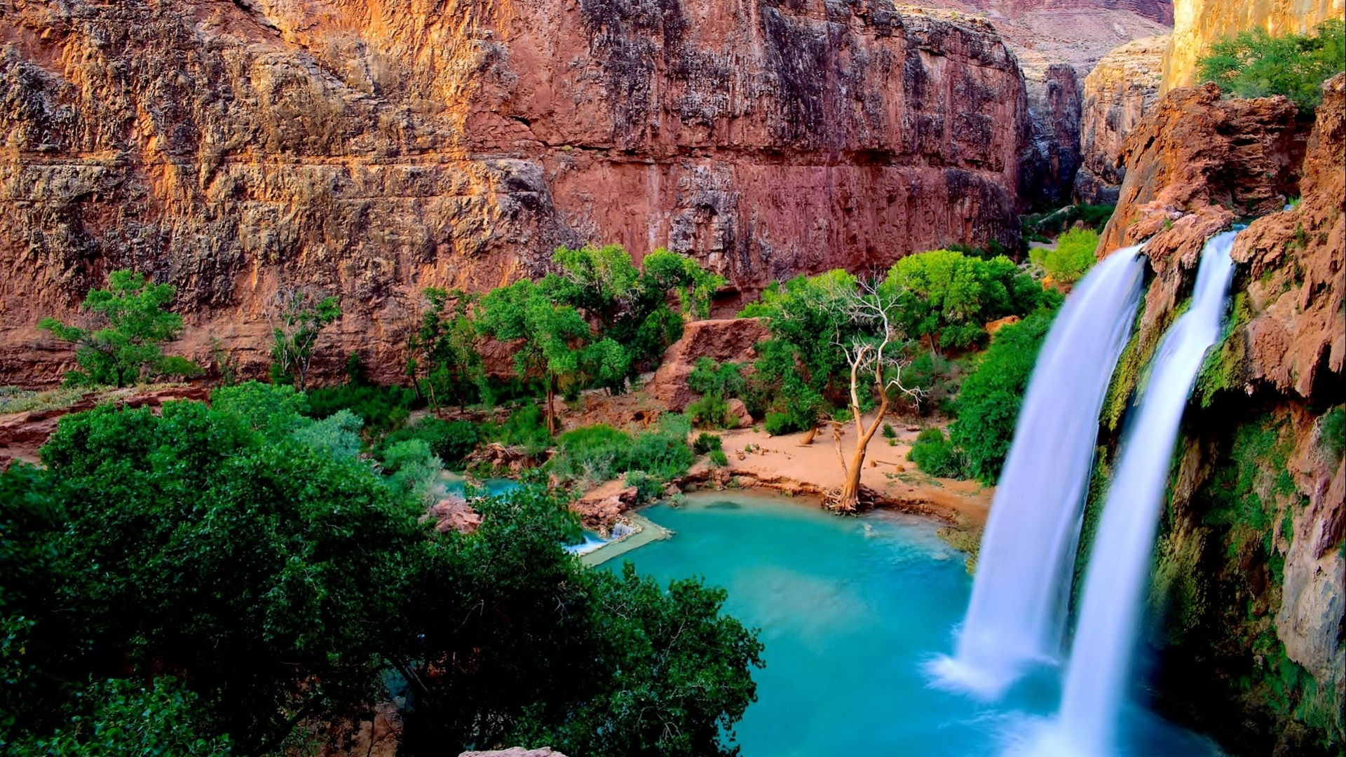 Soothing waterfall wallpaper most beautiful waterfall for Most beautiful places in america nature