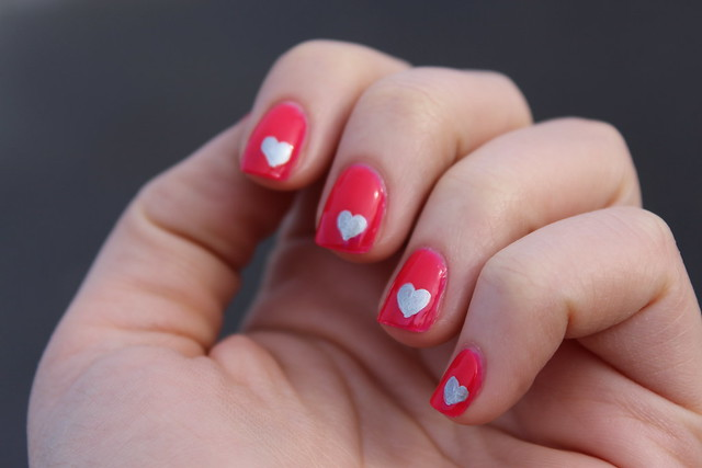 Sharpie Heart Nail Art for Valentine's Day on Living After Midnite