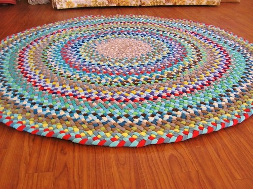 Custom Shades of Blue Round Braided Rug