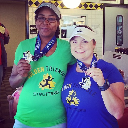 Me and my fellow maniac! I'm proud of Jes for PRimg her #marathon today! You know what that means? She's gonna have me running the Gusher marathon again next year!