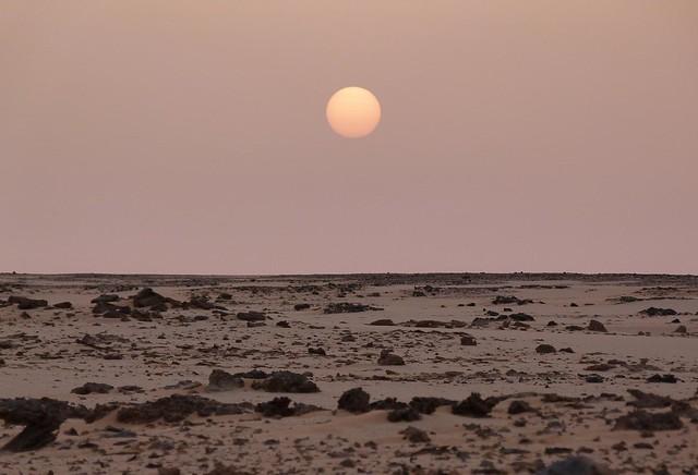Atardecer en el desierto de Egipto (Expedición Kamal)