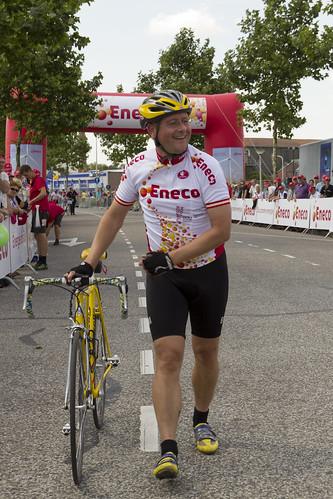 Arjan van der Weegen kan nog lachen na het fietsen