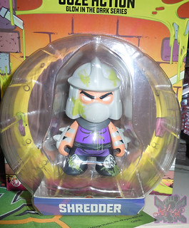 "Kidrobot :: ""TEENAGE MUTANT NINJA TURTLES"" - 'OOZE ACTION' GLOW IN THE DARK SHREDDER iii (( 2014 ))"