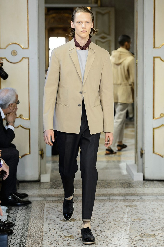 Ryan Keating3065_SS16 Milan Corneliani(fashionising.com)