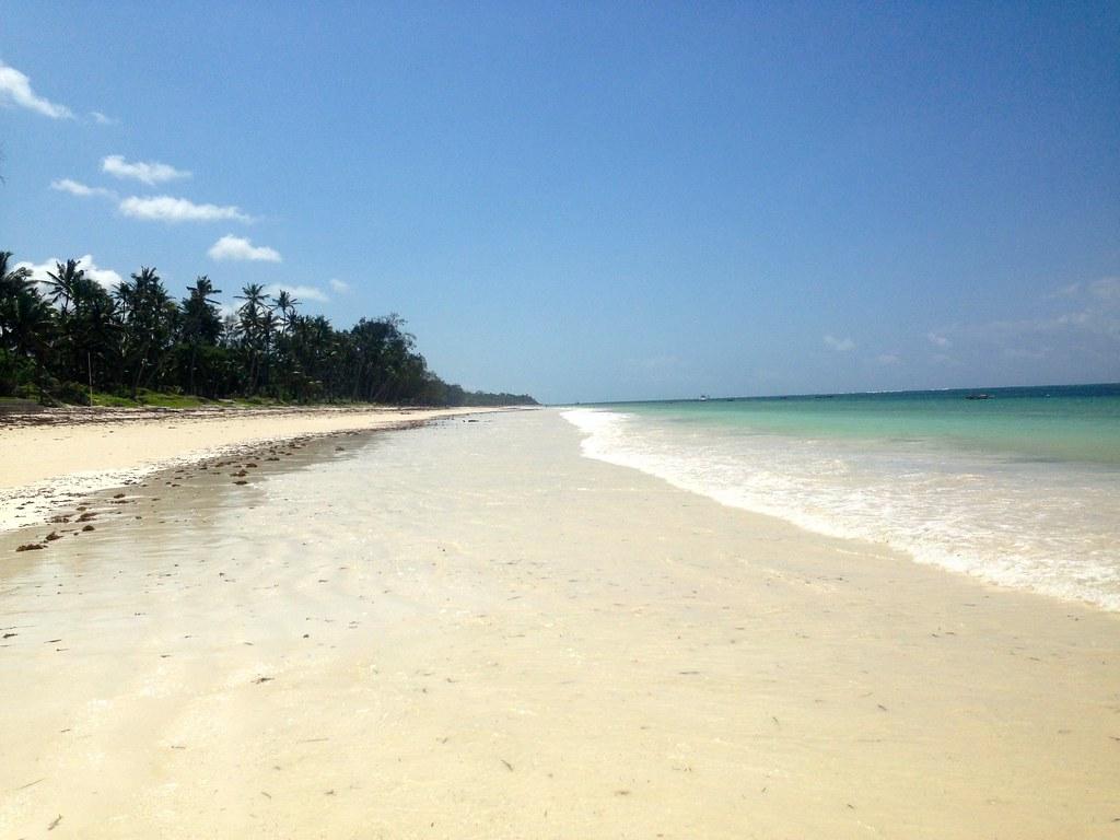 Diani Beach Vil... Beach