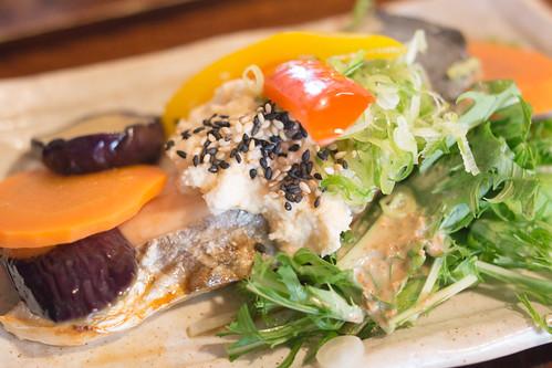火箭菜, 別以為你躲在燒魚後面又塗上了沙律醬就認不得你!