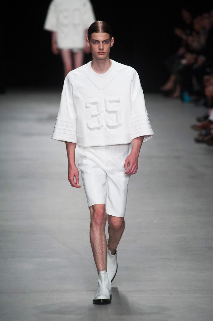 Justus Eisfeld3063_SS14 Paris Juun J.(fashionising.com)
