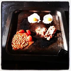 England meets Australia... #fryup on the #barbeque