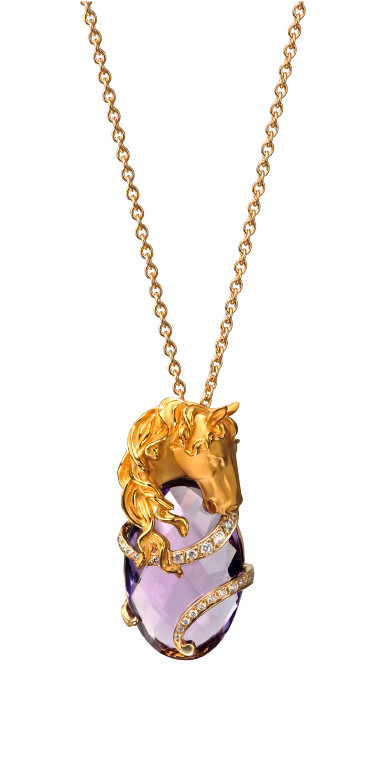DA13401 011018 Ecuestre pendant in yellow gold amethyst and diamonds.jpg