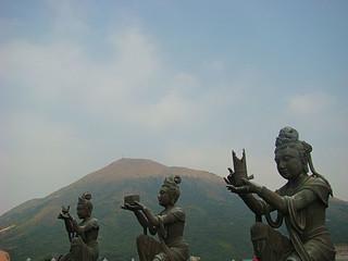 045 Boeddhistische beelden bij Big Buddha