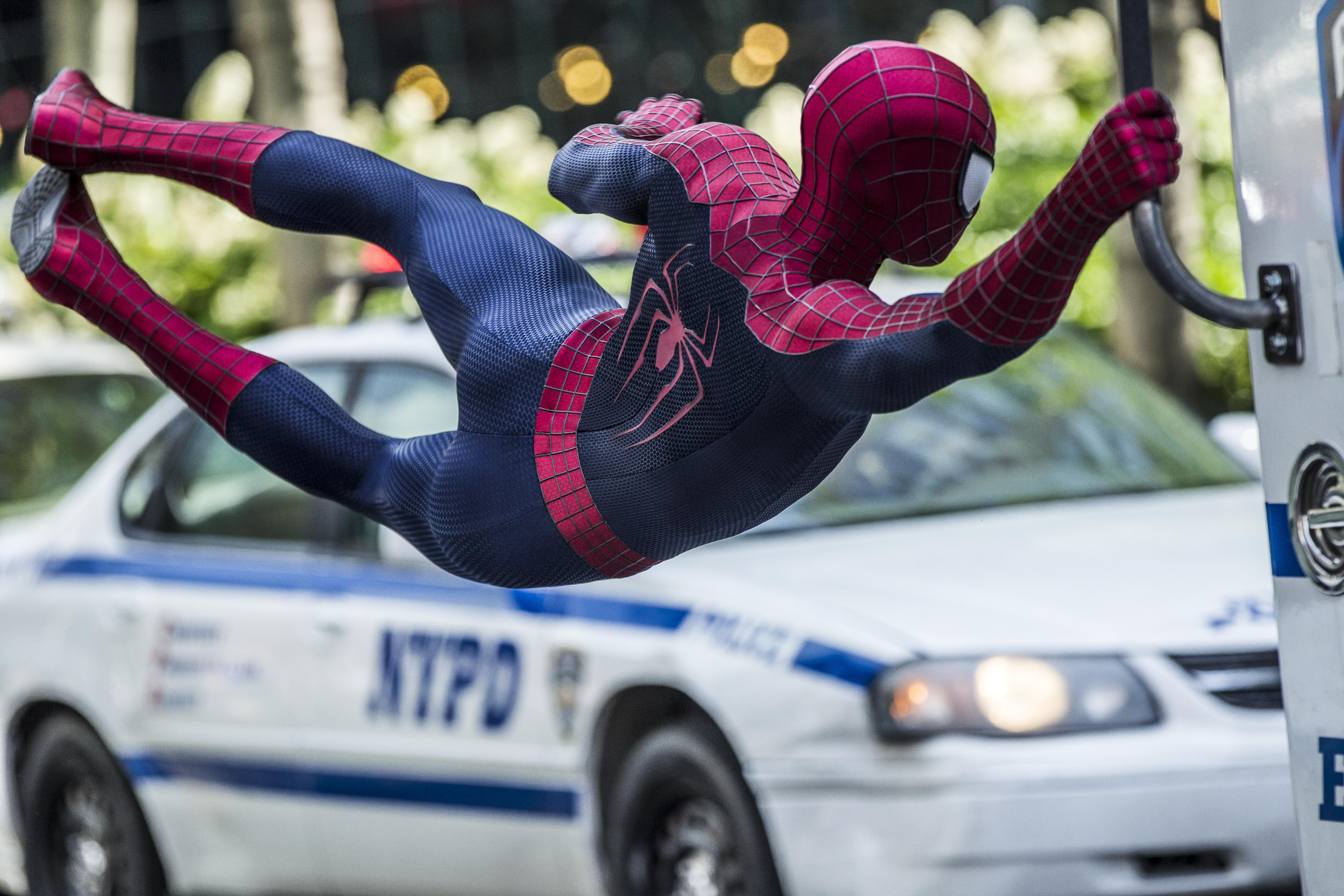 Человек паук высокое напряжение смотреть онлайн в хорошем качестве 12 фотография