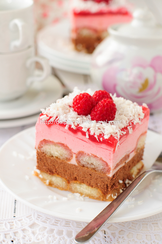No Bake Chocolate, Raspberry and Savoiardi Layer Cake
