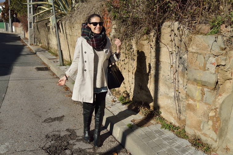 lara-vazquez-madlula-style-fashion-blogger-trench-outfit-look-chic