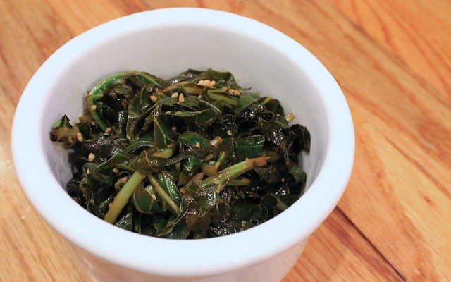 HealthyLatinFood_BrazilianCollardGreens3