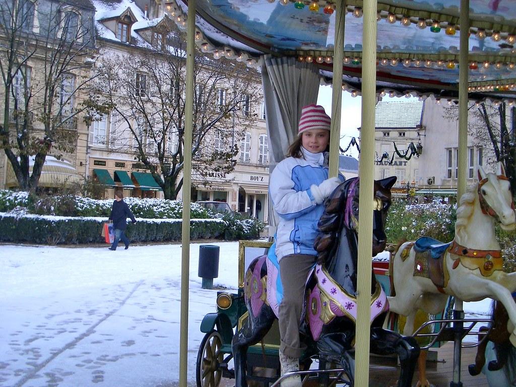 Beaune logan on carousel