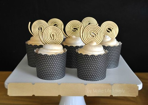 Film Reel Cupcakes for an Oscar's Viewing Party, by Make Life Lovely