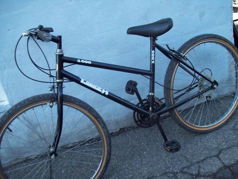 Volé - Vélo Triumph bleu