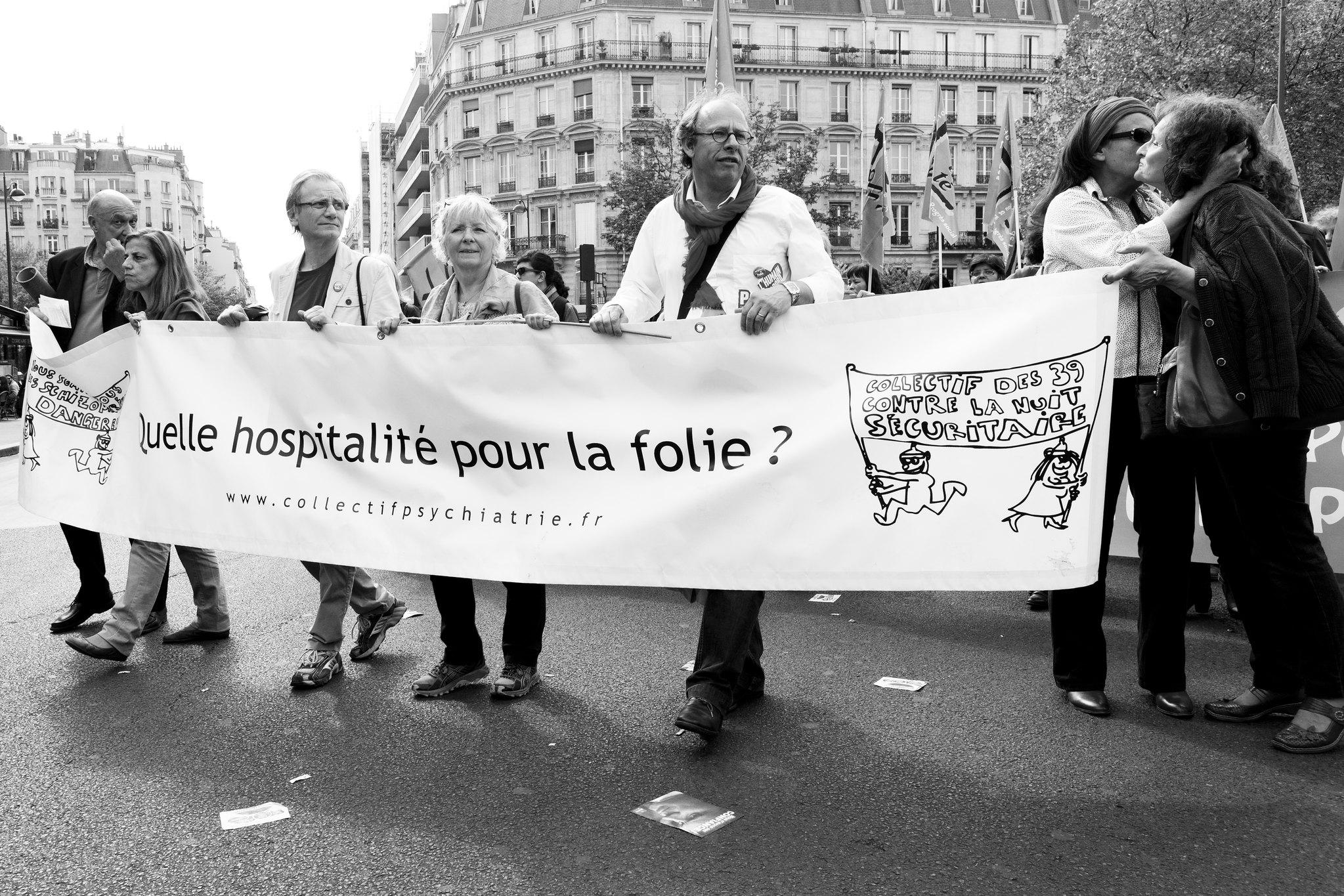 Paris Caf Ef Bf Bd Philippe