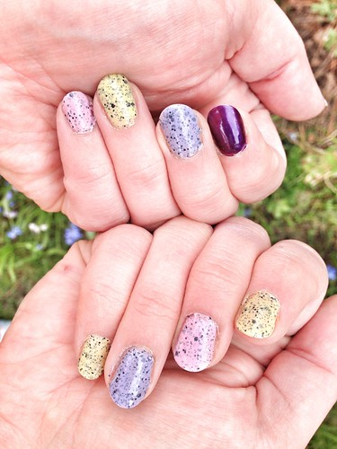 speckled egg nails