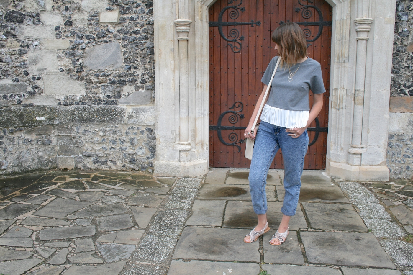 fashion blogger outfit post