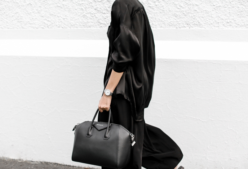 modern legacy, fashion blog, street style, blogger, all black, Bassike, resort wear, Givenchy Medium Antigona, Haider Ackermann, Larsson Jennings metal watch (1 of 1)
