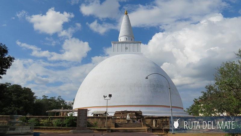 Anuradhapura Sri Lanka (6)