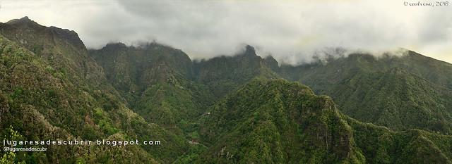 Vista dos Balcões de Ribeiro Frío (Santana, Madeira)