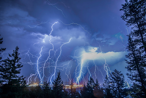 rain weather night clouds photo nikon mt flash shell pic skagit lightning erie anacortes refinery tpc d600 tpcu8 tpcu8l4