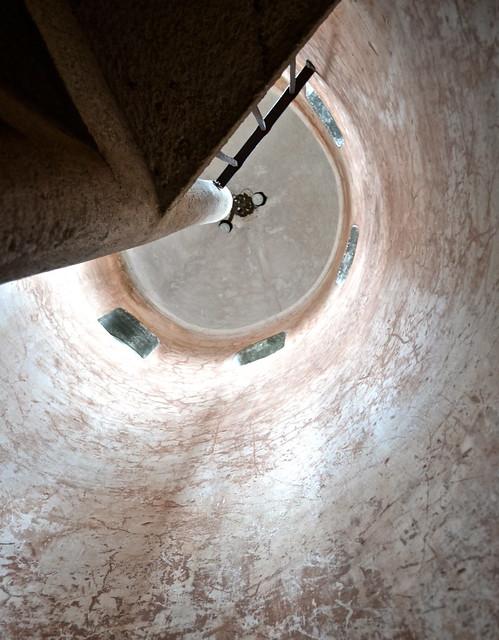 Spiral Staircase - Panza Verde