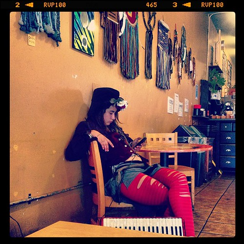 #cafe #coffee #fashion #hippy #haight #masonic #94117  #hipster #art #tights @ripped #retro #sfist #ilovesf #instagram @webstagram #webstagram #webstapick #lynnfriedman @lynnrfriedman