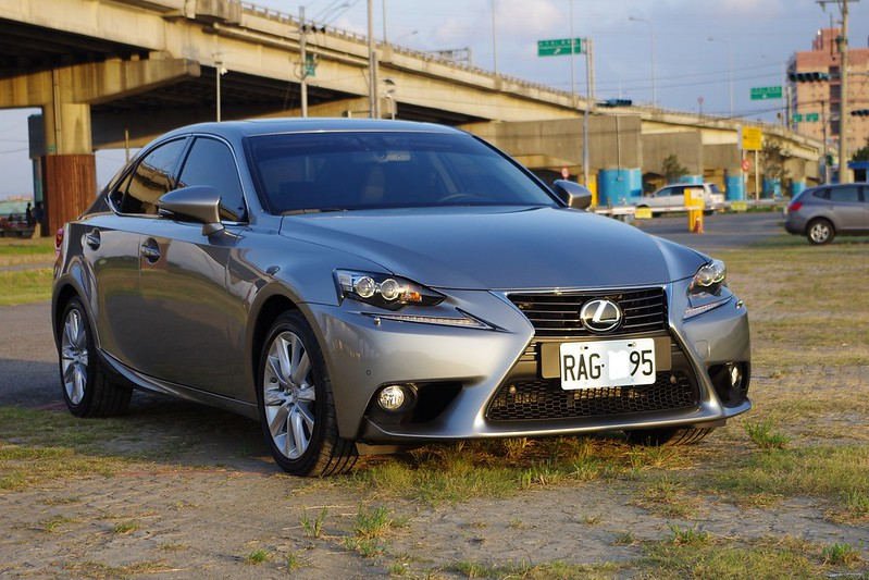 風格至上的日系型男 Lexus IS250 小寫真