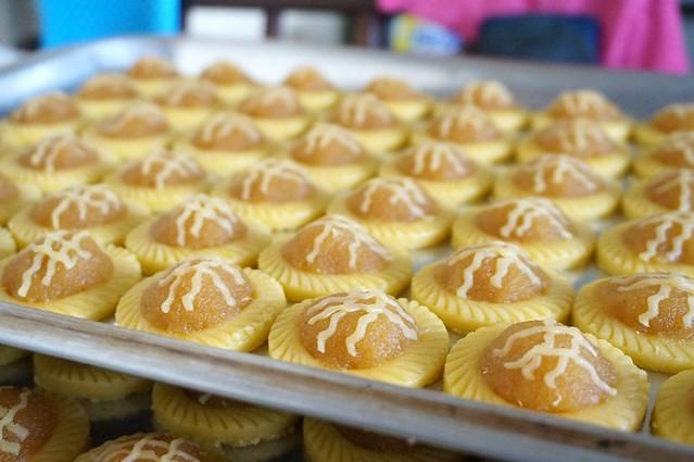 bee bee pineapple tarts - best in melaka -005