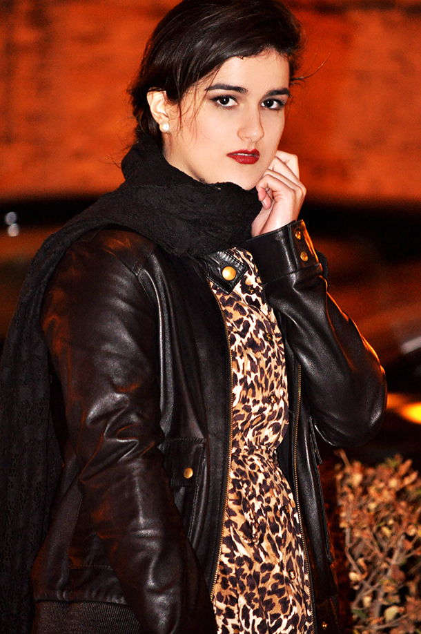 something fashion blog style spain, leopard dress macy's cheetah print animal, biker leather mango jacket, vintage fashion high winter boots