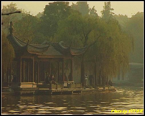 杭州 西湖 (其他景點) - 547 (西湖十景之 柳浪聞鶯 在這裡準備觀看 西湖十景的雷峰夕照 (雷峰塔日落景致)