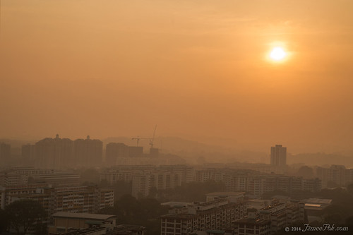 Sunset with haze 11 Mar 2014 1846hr
