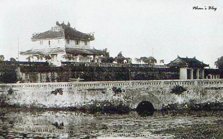 Lau Tu Phuong Vo Su (2)