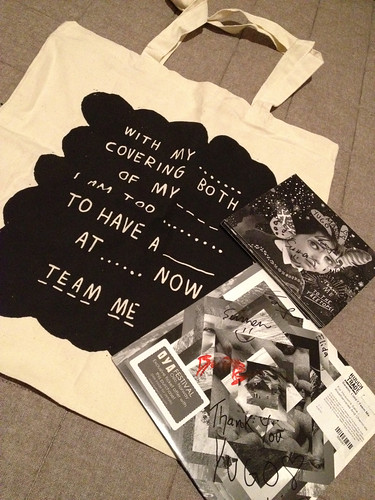 Team Me tote, vinyl cd