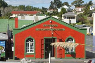 Kawakawa memorial library 的形象. new museum zealand northland kawakawa amazespace