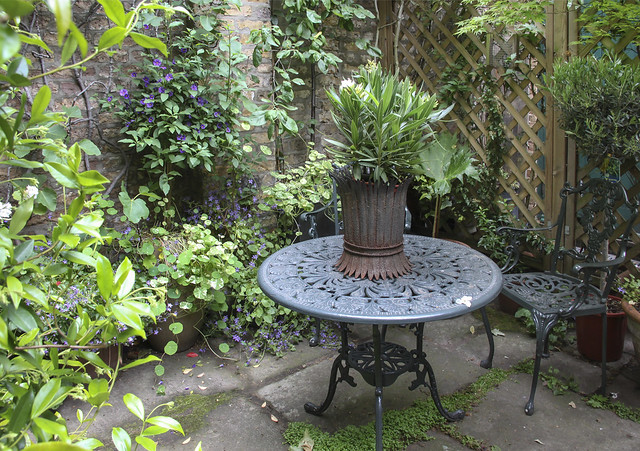 Spitalfields Gardens Group - garden4