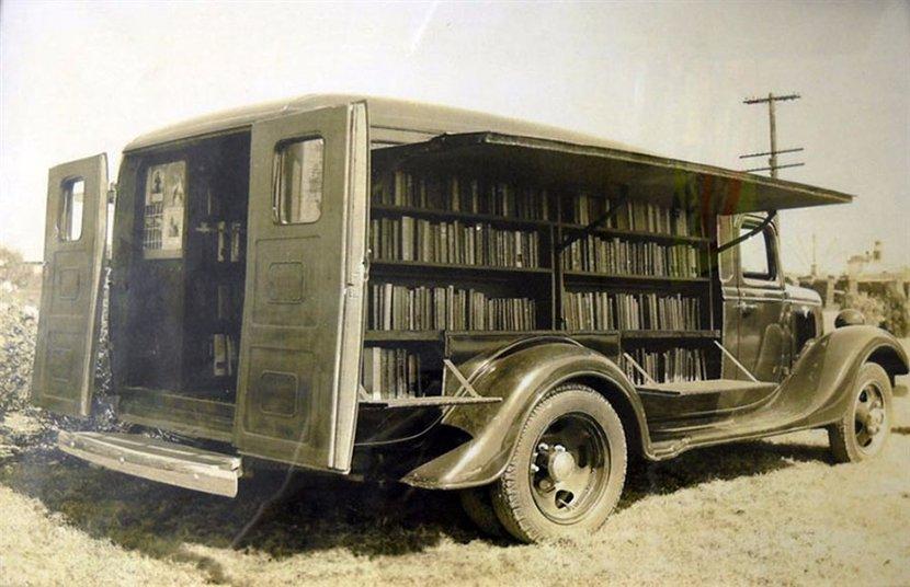 流動圖書車13