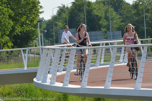 The Hovenring in Eindhoven-4