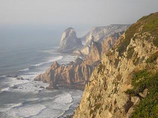 klify zachodniego końca Europy (Przylądek Roca, Portugalia)