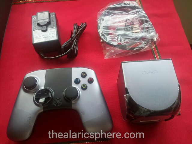 Ouya-Unboxing-Contents-Console-Controller