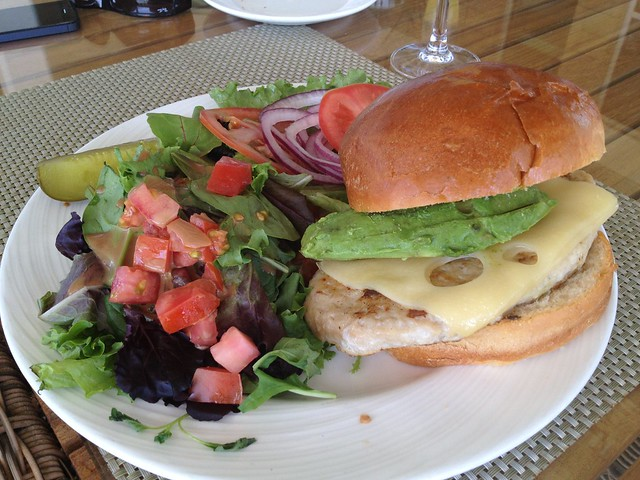 Turkey burger - Escena Lounge & Grill