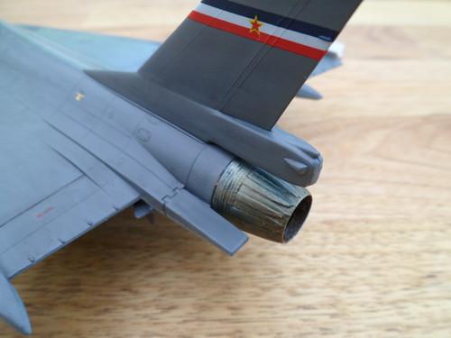 Les faucons de Mostar [General Dynamics F-16 XL Monogram] 9416554051_5f32f55ee2