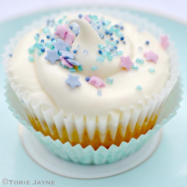 Gluten free Creamy orange cupcake