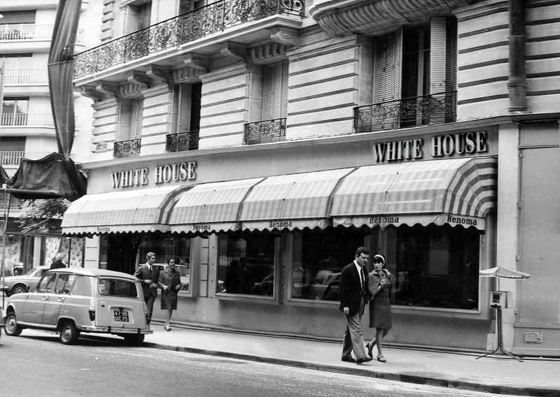 Renoma White House 1967 DR Archives Renoma.jpg