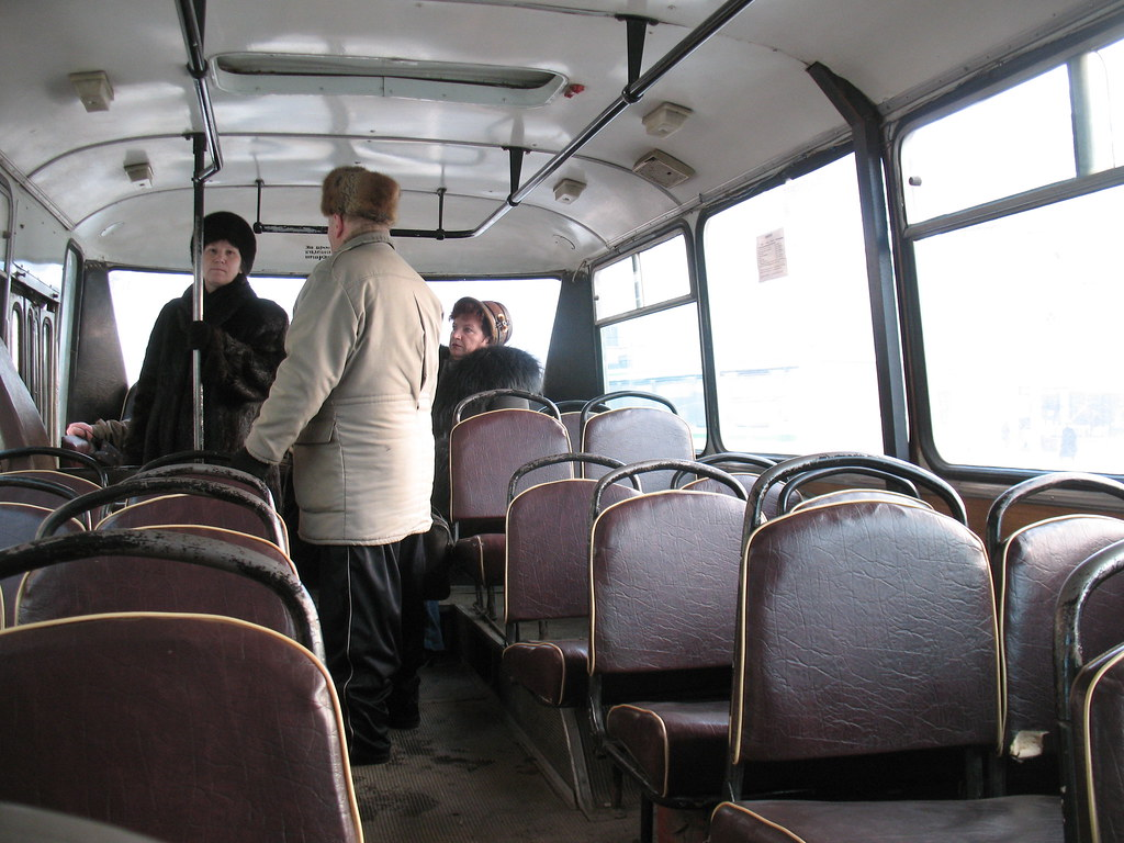 Ryazan bus LAZ interior _20071231_109